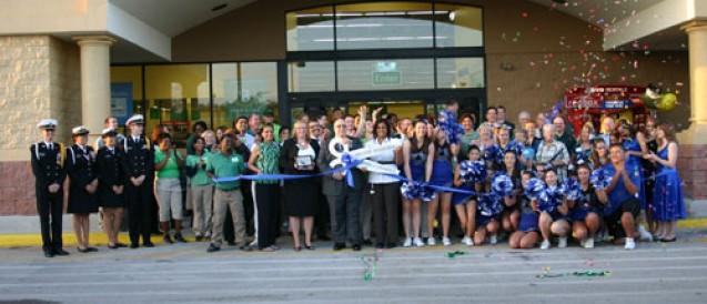 Riverview's Walmart Neighborhood Market Open For Business