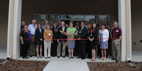 PHOTO RIBBON CUTTING TAMPA GENERAL MED. GROUP BRANDON WED. REP. MAY 9-12-SIGN