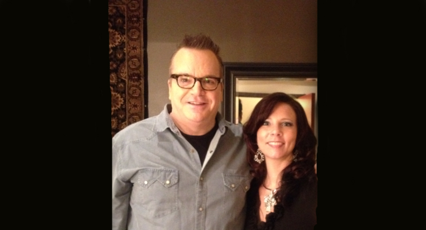 Tom Arnold of Redneck Rehab Surprises Valrico Store Owner With TV Shoot