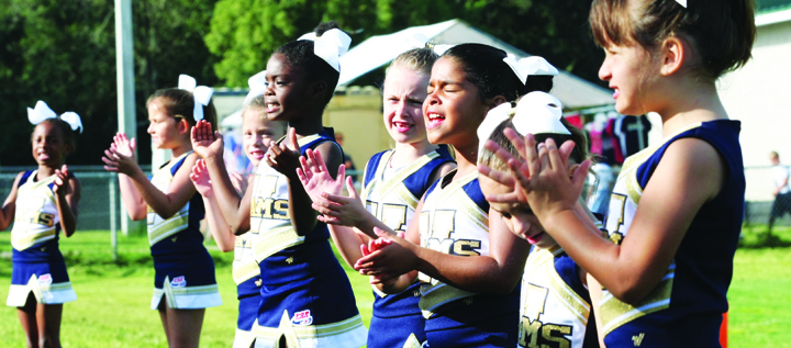 Valrico Rams Cheerleaders Take Aim At National Title