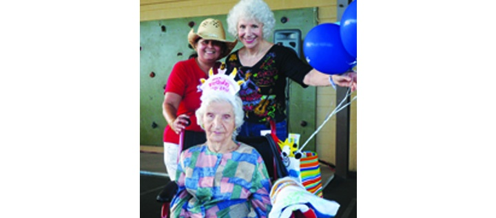 Campo Y Silver Sneakers® Member Celebrates 100th Birthday