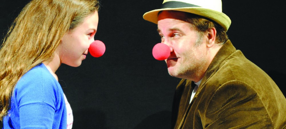 Short ArtHat Trick 1000 Clowns 2