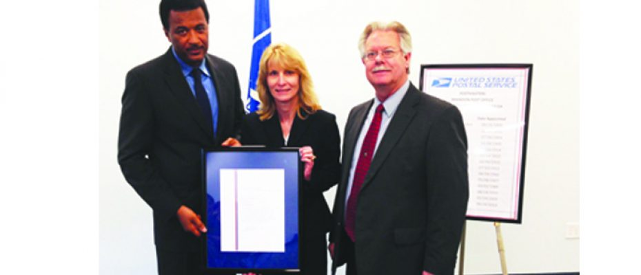New Postmaster Welcomed During Installation Ceremony