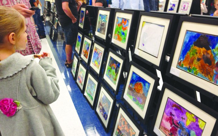 FishHawk Creek Celebrates The Arts In Style
