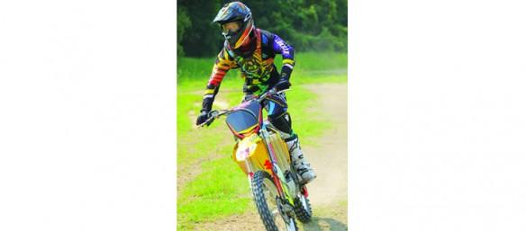 Strawberry Crest Graduate Wins $20,000 Motorcycle Mechanics Institute Scholarship