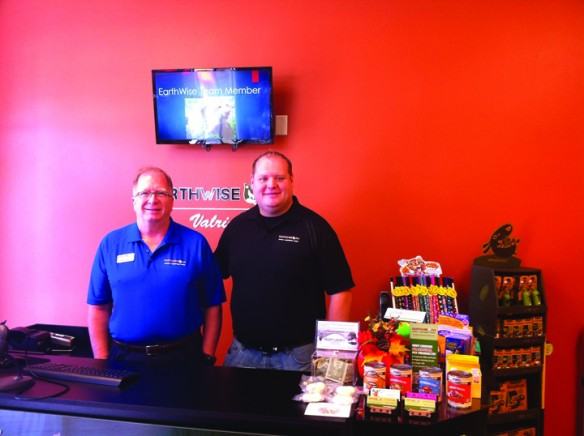 Newly Opened EarthWise Pet Supply Offers Dog Wash Station, Holistic Pet Food Among Other Services