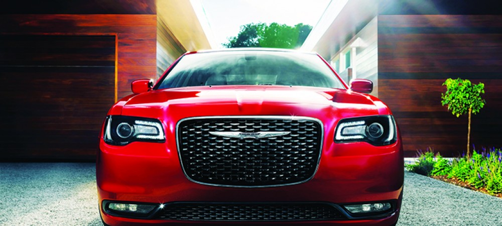 Moroting2015Chrysler300frt
