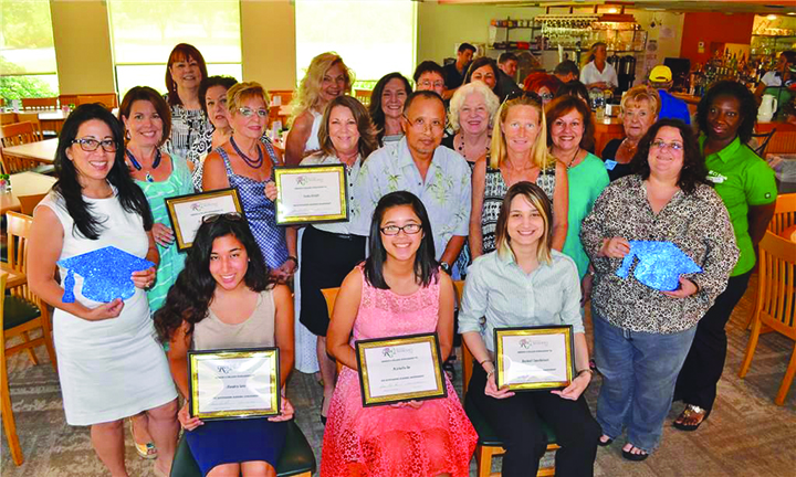 Riverview Woman's Club Awards Yearly Scholarships