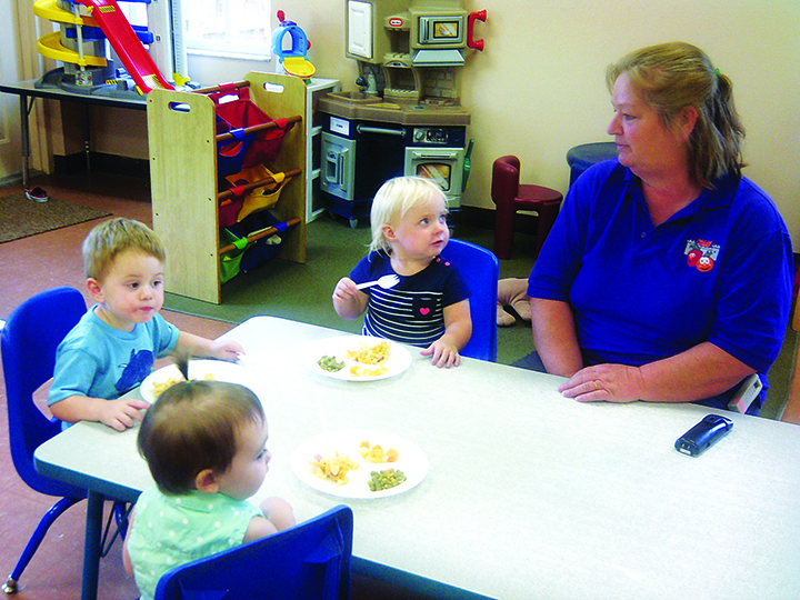 A Children's Kastle Early Learning Center Encourages Meal Time Conversation