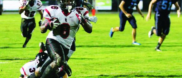 Strawberry Crest Suffers 47-7 Loss To Non-District Rival Newsome