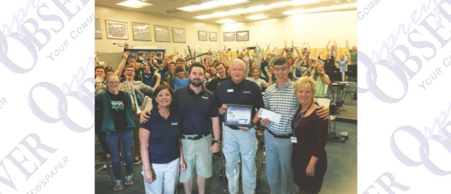 FishHawk Pinch-A-Penny Donates $4,000 To Newsome Band March To Macy's